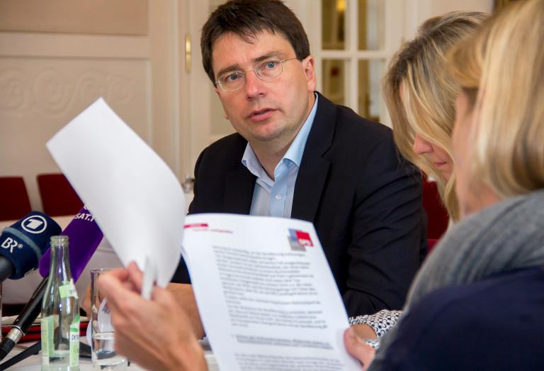 Florian von Brunn macht Politik